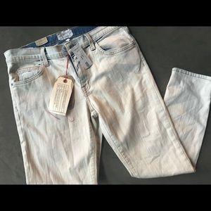 Current Elliott the fling white washed jeans